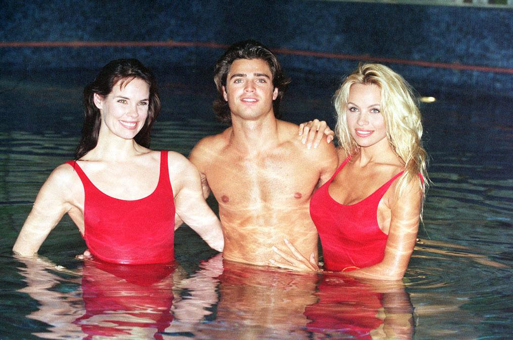 Baywatch cast mebers (l-r) Alexandra Paul, David Charvet and Pamela Anderson. See TV Baywatch  * 8/2/2001:  Baywatch is to be axed by TV bosses, two years after it made the switch to Hawaii from Los Angeles it was announced. Show publicist Kristin McEntee said the last episode of the show which features lifeguards, beaches and tanned bodies will be shown in the US on May  21st 2001. Baywatch Hawaii has been plagued by poor ratings since it left Los Angeles, where it was filmed for nine years. Its long-time star, David Hasselhoff, made only occasional appearances after the move.