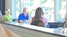 Photo of Philadelphia mayor dining indoors in Maryland sparks criticism