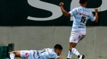 Racing battle back to edge Pau in Top 14 play-off boost