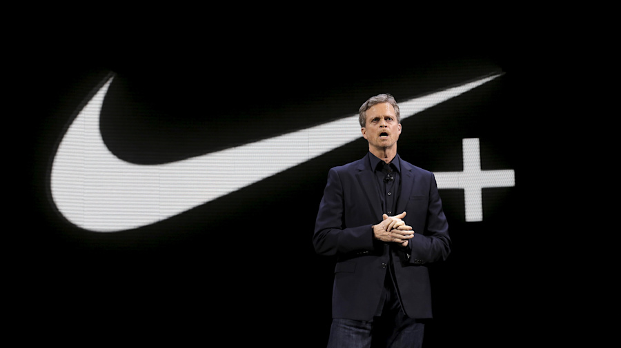 Nike CEO to step down in January