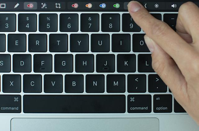 Evernote for Mac puts shortcuts on the Touch Bar