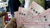 Powerball jackpot balloons to $550M