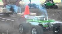 Truck Pulling Is Much More Fun With RC Cars