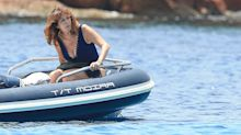 Ana Rosa Quintana, espléndida a los 60, disfruta con su marido en Ibiza