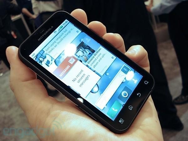 Motorola Defy defies water and lives happily ever after