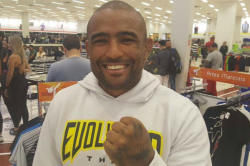 Serginho Moraes garantiu novos rumos no UFC - Gabriel Monteiro