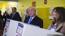 Présidentielle américaine: mal en point dans les sondages, Trump revient fort chez les parieurs