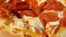 Pizza Hut vs. Domino's vs. Papa John's: Trash Pizza, ranked