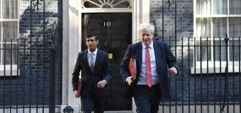 Sunak urges PM to relax UK travel rules