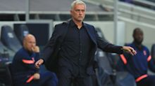 """Mourinho não comenta pênalti: """"prefiro dar dinheiro para caridade, não para a FA"""""""
