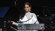 """""""Hellooo"""" – Rihanna twittert Kanzlerin Merkel an"""