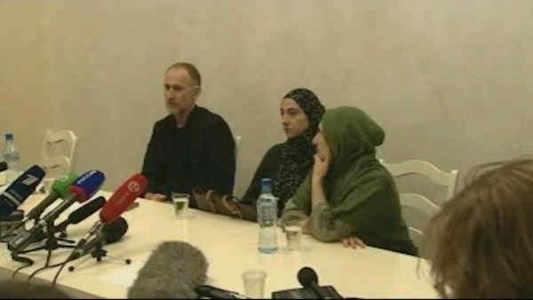 Parents of Boston bombing suspects hold news conference