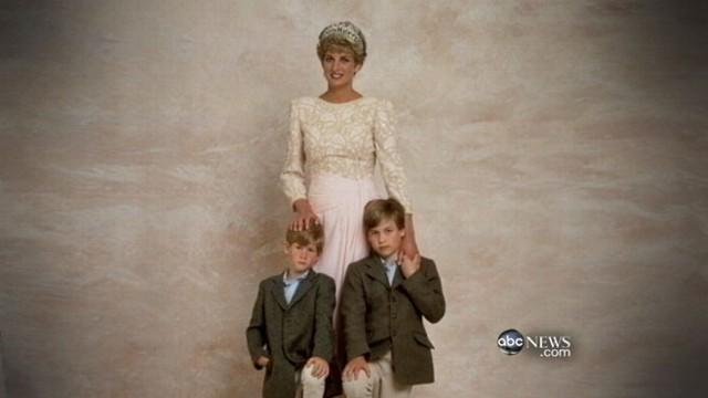 Unseen Princess Diana Photo Appears