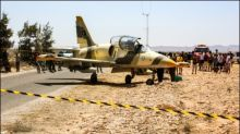 Militärflugzeug aus Libyen mit zwei Bomben in Tunesien notgelandet