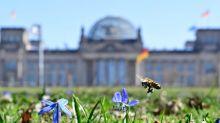 Bundestag beschließt Erleichterungen für Corona-Geimpfte