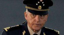 """Lo llamaban """"El padrino"""": exsecretario de Defensa mexicano ayudó a enviar drogas a EEUU"""