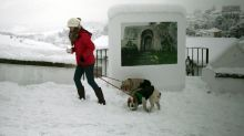 Spanish tourist towns post 1st snowfalls in decades