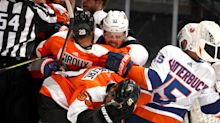 Flyers still struggle to score against strong Islanders' defence