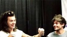 Harry Styles And Louis Tomlinson Hold Hands At A Meet And Greet - Twitter Loses ALL Chill