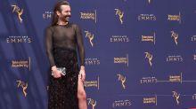 """Actor de 'Queer Eye' responde a las críticas """"tránsfobas"""" tras llevar un vestido a los Emmys"""