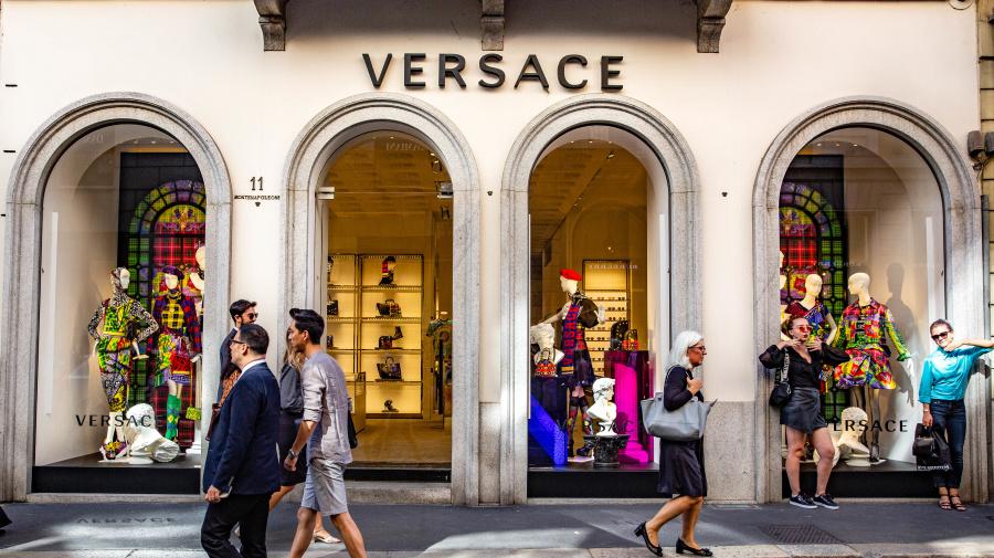 Michael Kors, a punto de comprar Versace