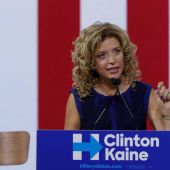 On eve of convention, Debbie Wasserman Schultz goes from favored to on the outs