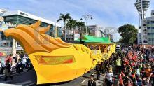 Kedah Sultan, Sultanah take part in royal parade ahead of Monday installation