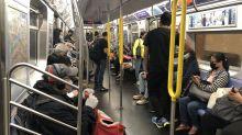 紐約地鐵恢復全天運行 車廂髒污增多