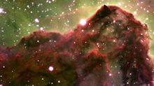 Telescope captures mind-blowing image of cloud where stars are born