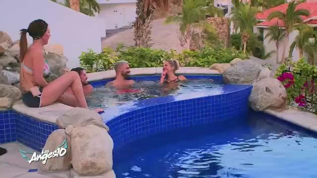 les anges 10 excit par maddy dans un jacuzzi au mexique vincent craque vid o. Black Bedroom Furniture Sets. Home Design Ideas