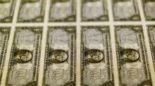Dólar avança ante real e fecha a R$3,76 com aversão a risco no exterior