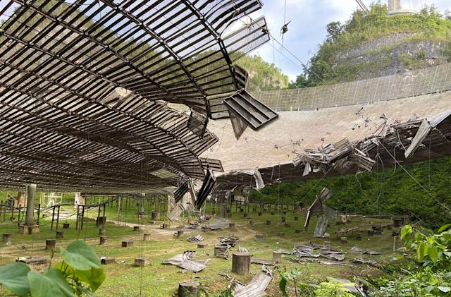 Puerto Rico's Arecibo radio telescope suffers serious damage