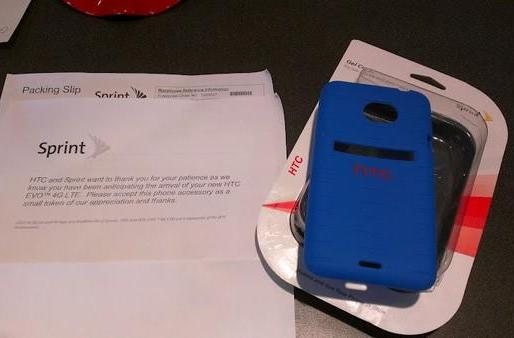 Sprint says thank you, gives patient subs free EVO 4G LTE cases