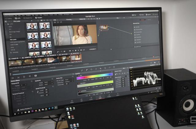 DaVinci Resolve 15 is a free, Hollywood-grade video editor
