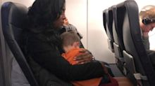 Woman touched by strangers' heartwarming act for children stressed on flight