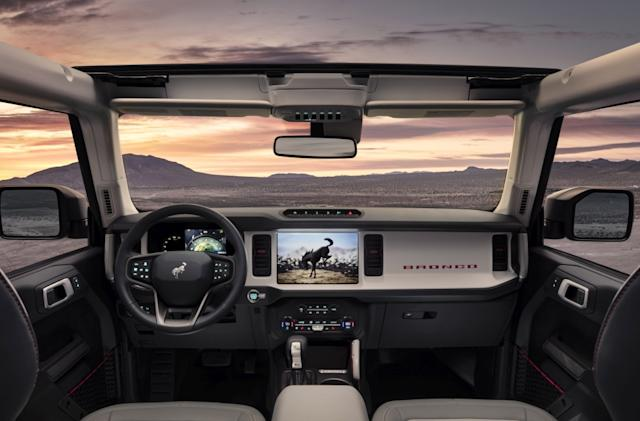 Ford's 2021 Bronco SUVs offer 360-degree cameras for a 'spotter view'