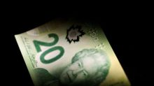 Canadian dollar holds on to this week's gains after robust U.S. data