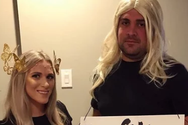 This Snapchat filter couple's costume is perfect
