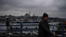 Turchia, fa perdere aereo a cliente, chiesti 10 anni per tassista