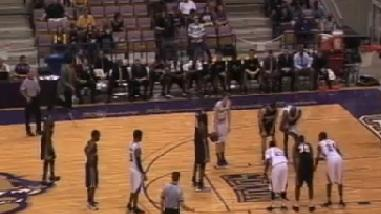 Worst Free Throw In History!