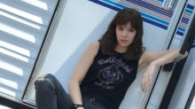 'Transformers': Hailee Steinfeld debuts first photo of herself in 'Bumblebee'