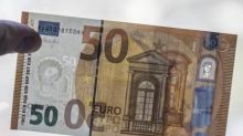 Euro Falls to Day's Lows, Trade Fears Hit Loonie