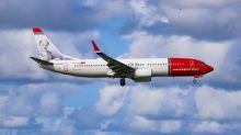 Heels Only: Diese Airline verbietet den Stewardessen flache Schuhe