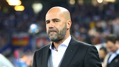 Bosz proud of table-topping Dortmund after Hamburg triumph