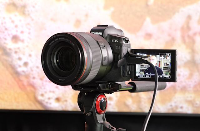 You can now use your Canon camera as a Mac webcam