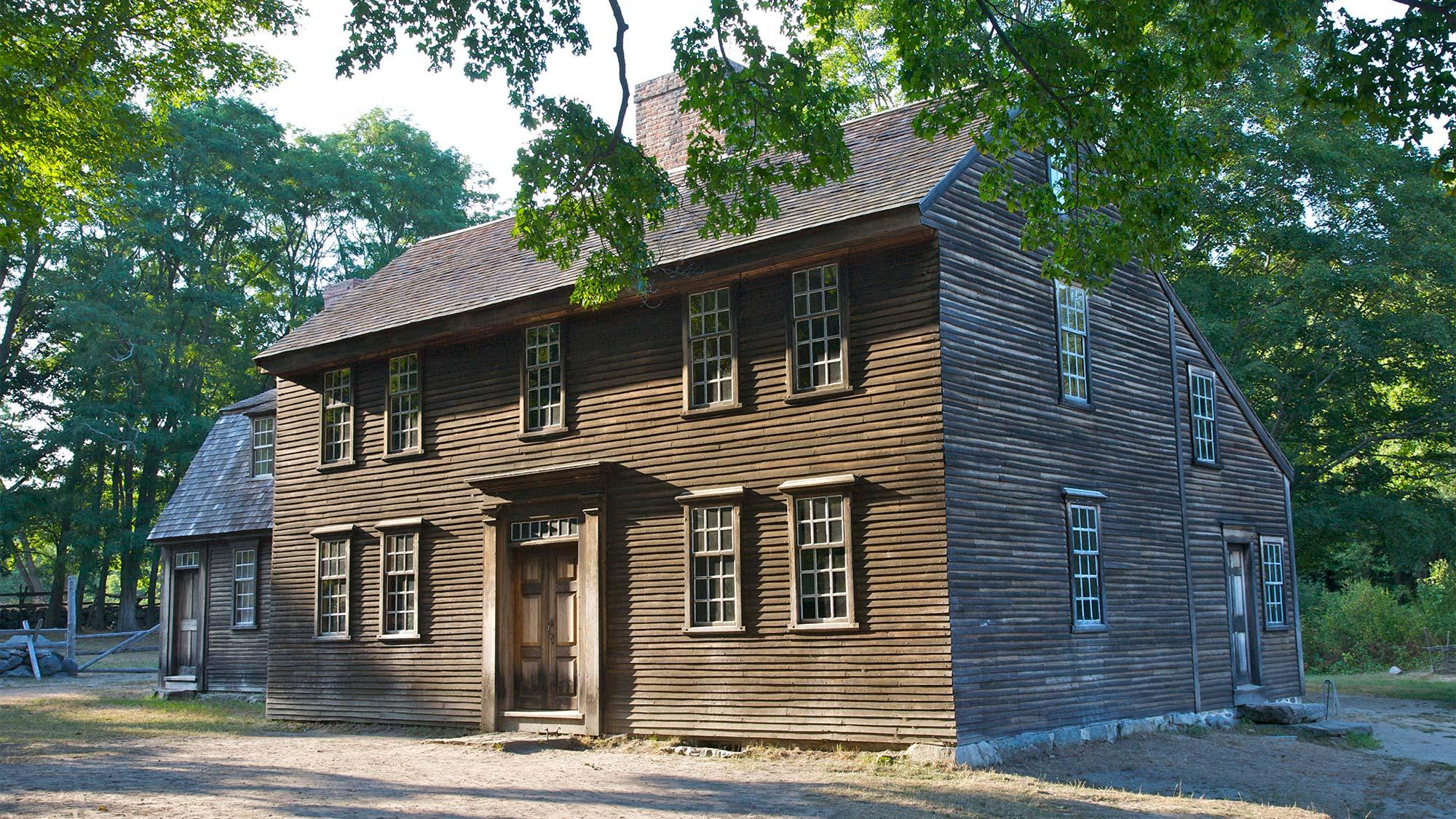 what is a saltbox house a colonial style that modern
