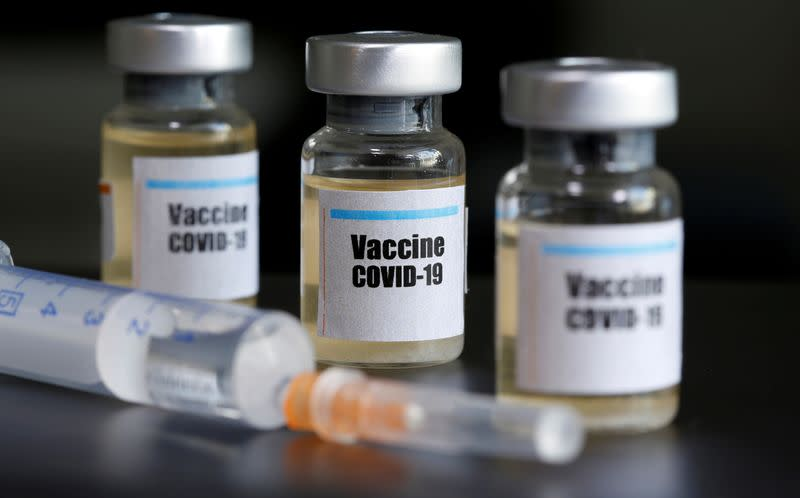 Exclusive: U.S. recruits scientists abroad for COVID-19 vaccine trials, pledges access to supply
