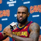 LeBron James expands on his 'U bum' tweet, calling Trump out for not understanding his own power