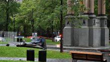 Canada: une statue à Montréal déboulonnée par des manifestants antiracistes