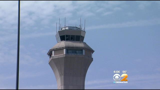 FAA, NTSB Probe Whether 2 Planes Were Too Close At Newark Airport